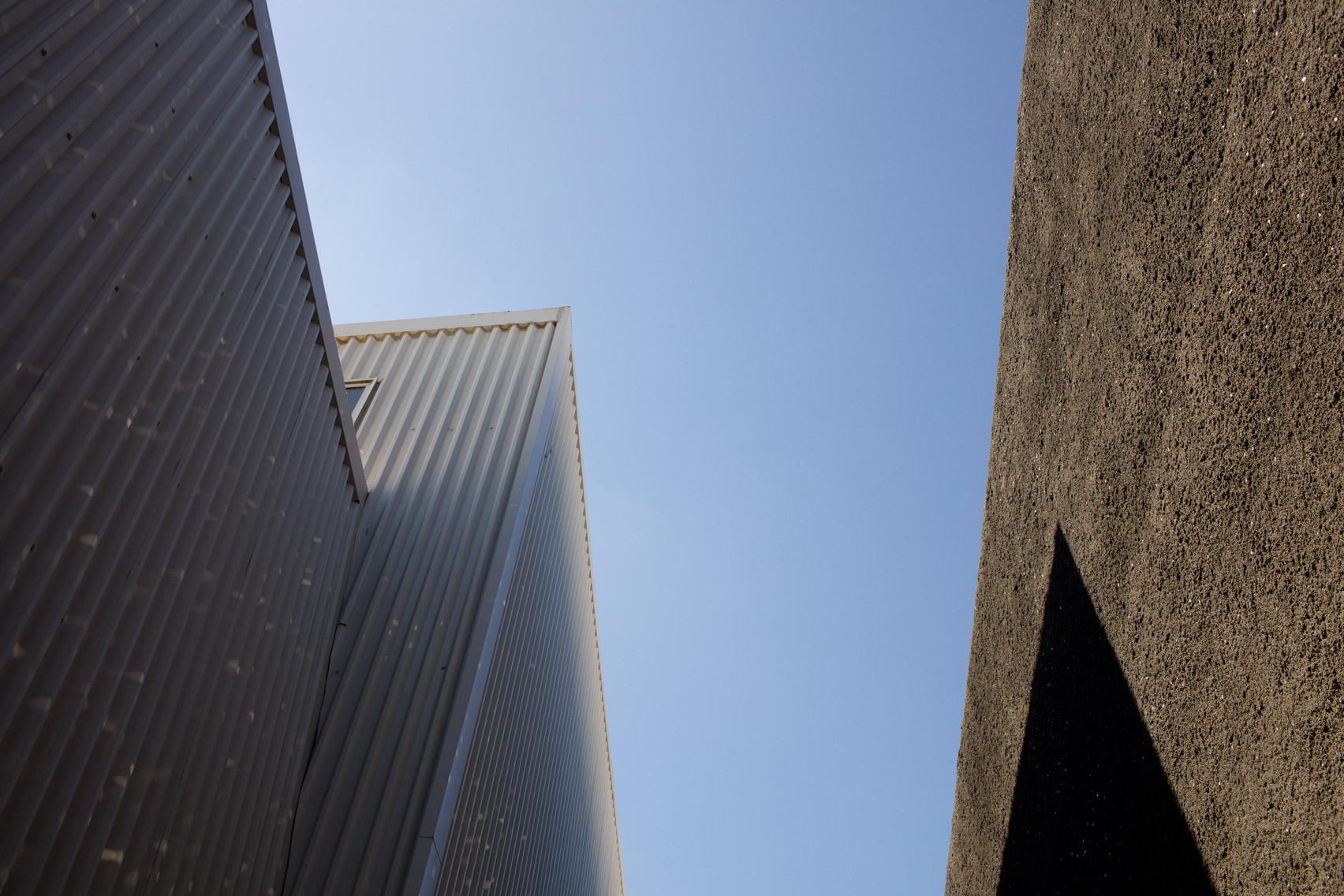Galeria concrete obra del estudio oma en dubai